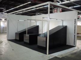 Stand, noir brillant, gaëlle le boulc'h, designer, architecte, intérieur, décorateur